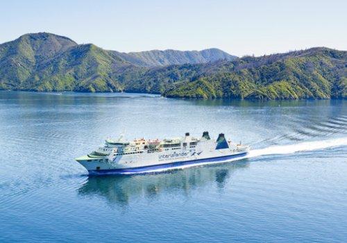 Fähre zwischen Nord- & Südinsel