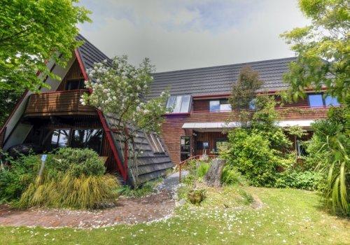 Haka Lodge / Christchurch